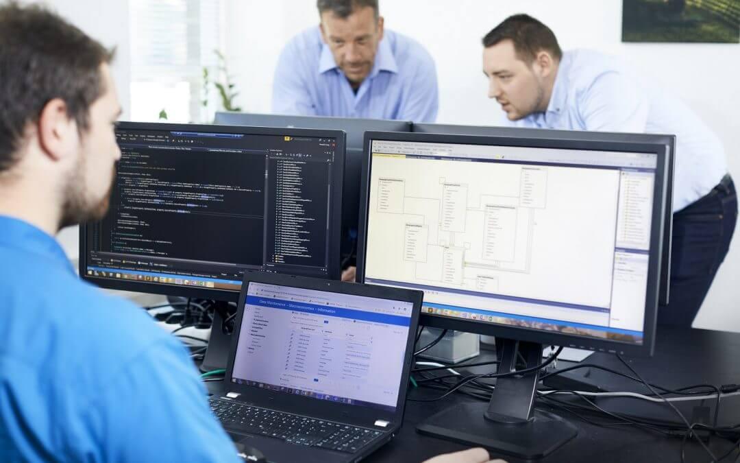 We train! IT specialist for application development (f/m/d)